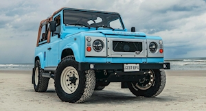 Arkonik Turns 90's Land Rover Defender Into Impossibly Cool Beach Buggy