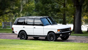 East Coast Defender's resto-modded Range Rover with Cadillac power