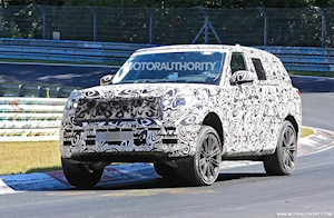 2022 Land Rover Range Rover spy shots and video